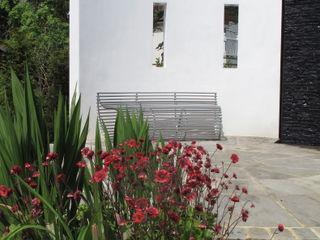 Traditional and Contemporary Mix Cherry Mills Garden Design Modern garden