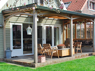 Blok Meubel Country style balcony, veranda & terrace