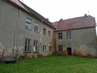 ehemaliges Wasserschloss sucht mutigen kreativen Kopf Immoservice Knopf Ausgefallene Häuser
