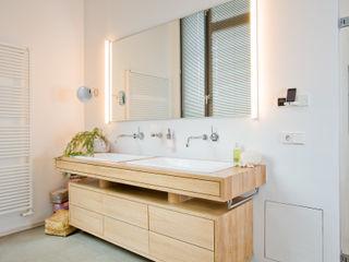 Loft-Wohnung in Wintherhude SNAP Stoeppler Nachtwey Architekten BDA Stadtplaner PartGmbB Moderne Badezimmer