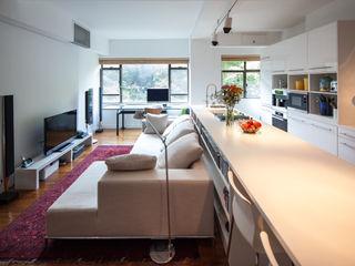 atelier blur / georges hung architecte d.p.l.g. Livings de estilo moderno