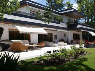 Bernadó Luxury Houses Balcon, Veranda & Terrasse classiques