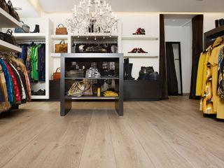 Nobel flooring Espaços comerciais campestres