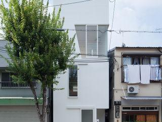 井戸健治建築研究所 / Ido, Kenji Architectural Studio Minimalistische Häuser