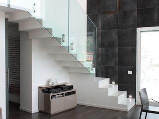 Francesca Bonorandi Corridor, hallway & stairs Stairs