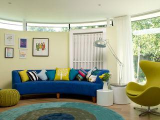 TV room LLI Design Salas multimedia modernas