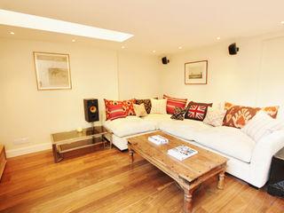 Munster Road BTL Property LTD Вітальня