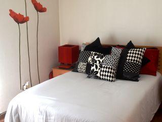 Sandra Molina Eclectic style bedroom
