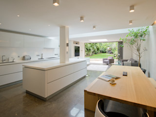 St Johns Wood Family Home, London DDWH Architects Salones minimalistas