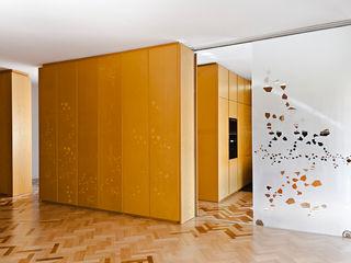 CASA DF Bodà Pareti & Pavimenti in stile moderno