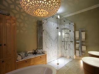 Dream Bathroom Sculleries of Stockbridge 洗面所&風呂&トイレ照明