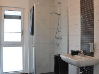 Haus Frankfurt Business STREIF Haus GmbH Moderne Badezimmer