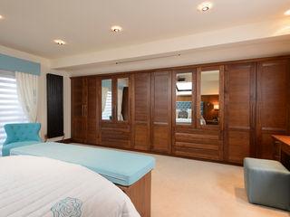 Mr & Mrs Swan's Bespoke Walnut Bedroom Room Kamar Tidur Klasik