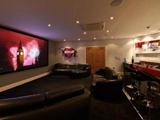 Project 10 Woldingham Flairlight Designs Ltd Salle multimédiaAccessoires électroniques