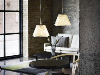 KIKU & SAKURA lamp shades for LE KLINT tona BY RIKA KAWATO / tonaデザイン事務所 Living roomLighting