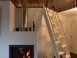 medeaa Marchetti e De Luca Architetti Associati Modern Living Room