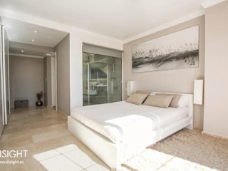 DISIGHT Minimalist bedroom
