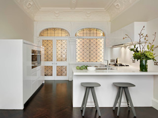 London Charm Elan Kitchens Dapur Modern