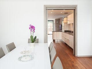 New Build House, London Nic Antony Architects Ltd Ruang Makan Modern