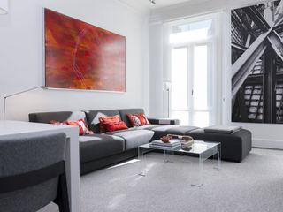 VIENDA CENTRO BILBAO SILVIA REGUERA INTERIORISMO Living room