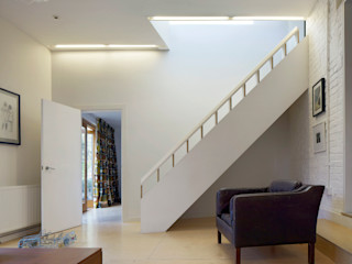 Timber Fin House Neil Dusheiko Architects Modern Corridor, Hallway and Staircase