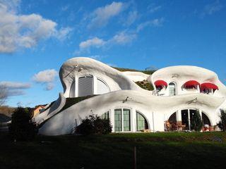 Edelstahl Atelier Crouse: 庭院 金屬