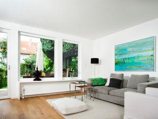 Bettina Wittenberg Innenarchitektur -stylingroom- Salones de estilo moderno