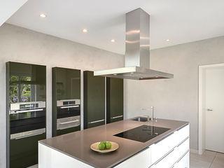 28 Grad Architektur GmbH КухняКухонний посуд