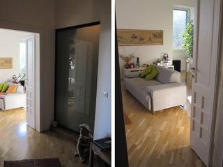 2bn architetti associati Pasillos, vestíbulos y escaleras de estilo moderno