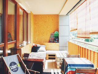 OFD architects Balcones y terrazas minimalistas