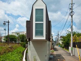River side house / House in Horinouchi 水石浩太建築設計室/ MIZUISHI Architect Atelier Casas modernas: Ideas, imágenes y decoración