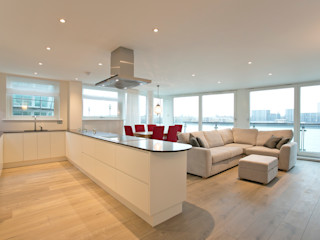 Cinnabar Wharf, Wapping High Street, London, E1 Temza design and build Salas de estilo moderno