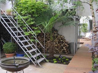 GARDEN TROTTER Industrial style garden