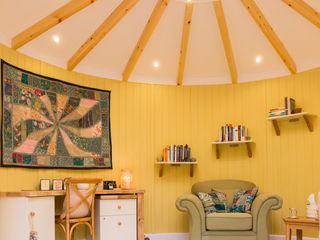 Interior of 4.5m diameter Therapy room in Kent gemma5 Сад в классическом стиле