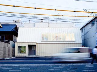Clinic in Onomichi OISHI Masayuki & Associates Eclectic style clinics