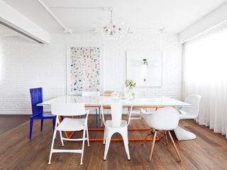 Flávia Gerab Modern dining room