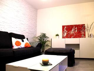 Rénovation d'un T2 pour petits budgets Atelier OCTA Salon moderne