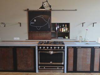 Matthias Koch Malermeister KitchenCabinets & shelves
