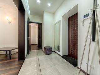 Platon Makedonsky Corridor, hallway & stairs Accessories & decoration