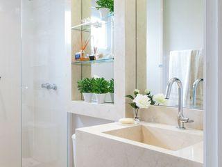 SESSO & DALANEZI Moderne Badezimmer