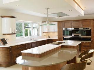 Mr & Mrs Broomhead Walnut & White Gloss Kitchen Room Dapur Modern