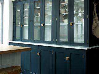The Clerkenwell Showroom Shaker Kitchen deVOL Kitchens Кухня