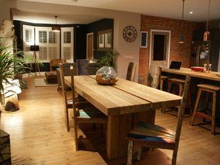 Open Plan Living - New South Coast Extension BluBambu Living Столовая комната в стиле модерн