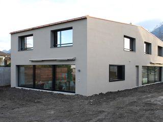 Marc Saladin Architekten GmbH Minimalist houses