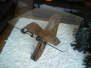 Couchtisch aus Altholz Tischlerei RMD Rustikales Möbeldesign WohnzimmerCouch- und Beistelltische