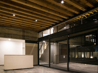 VG+VM Arquitectos Modern living room
