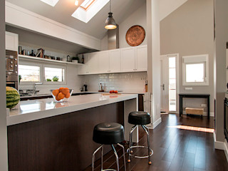 Casa Moderna en Valdemorillo Canexel Cocinas de estilo moderno
