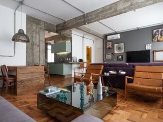 PM Arquitetura Ruang Keluarga Gaya Industrial