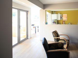 BERTIN BICHET ARCHITECTES Phòng khách phong cách Bắc Âu