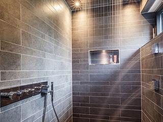 ONE!CONTACT - Planungsbüro GmbH Salle de bain moderne